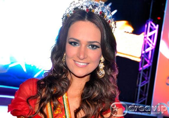 Miss Brasil diz que ficou feliz com vitória de Leila Lopes no Miss Universo