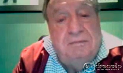 Roberto Bolanõs, o Chaves, conversa com os fãs pela Twitcam – Veja o vídeo!