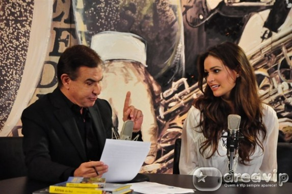 Amaury Jr. recebe a Miss Brasil 2011, Priscila Machado