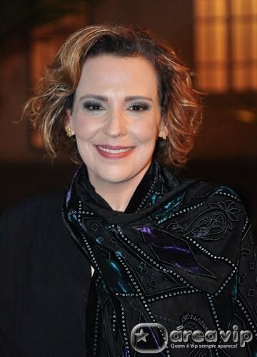 Ana Beatriz Nogueira deixará elenco de 'Salve Jorge', para se dedicar a outra trama