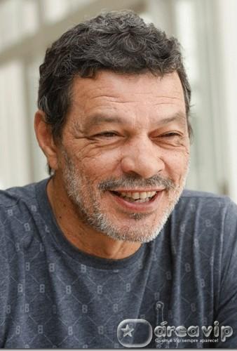 Ex-jogador Sócrates morre em São Paulo