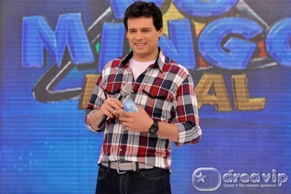 Celso Portiolli viverá Professor Girafales em especial de fim de ano de 'Chaves'
