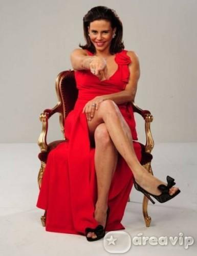 Narcisa Tamborindeguy falta à gravação do 'Show Business'