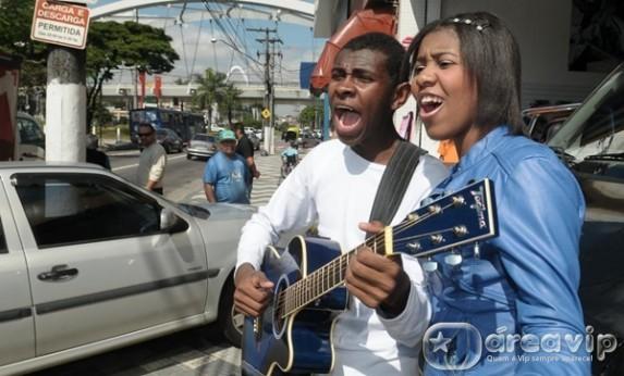 'Para nossa Alegria' lança seu primeiro CD no Domingo Legal