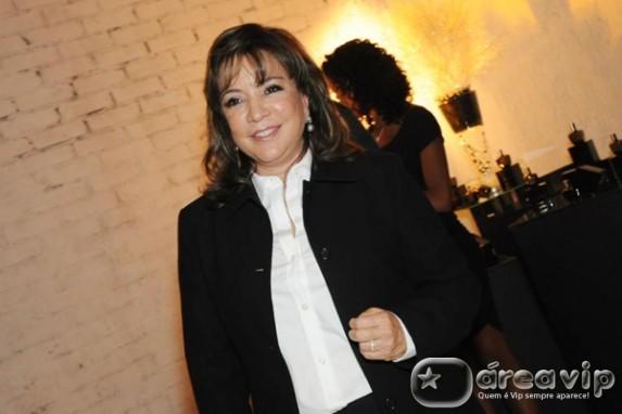 Iris Abravanel irá escolher protagonista de nova novela do SBT