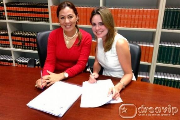 Rachel Sheherazade renova seu contrato com o SBT