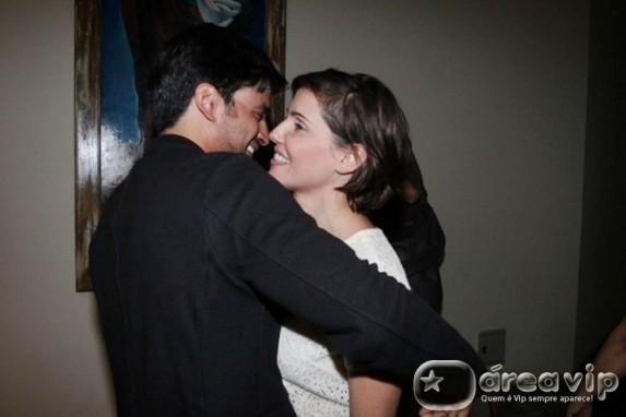 Allyson Castro fala sobre fim do namoro com Deborah Secco