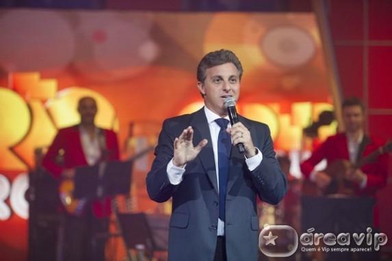 Caldeirão de Ouro celebra os grandes sucessos musicais de 2013