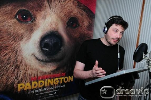 Danilo Gentili é o dublador do simpático e desajeitado ursinho protagonista de 'As Aventuras de Paddington'