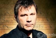 Bruce Dickinson - Reprodução/Google Imagens
