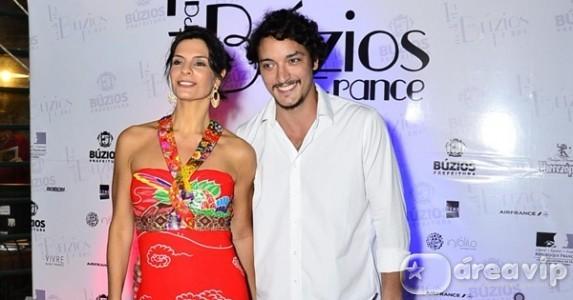 Helena Ranaldi e Allan Souza Lima terminam namoro