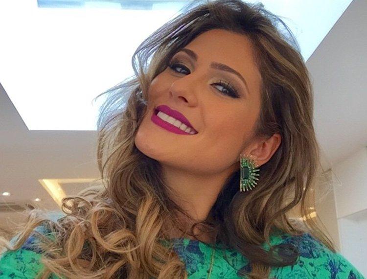 Lívia Andrade diz que não tem afinidade com Helen Ganzarolli