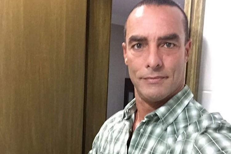 Paulo Zulu nega romance com Ana Hickmann