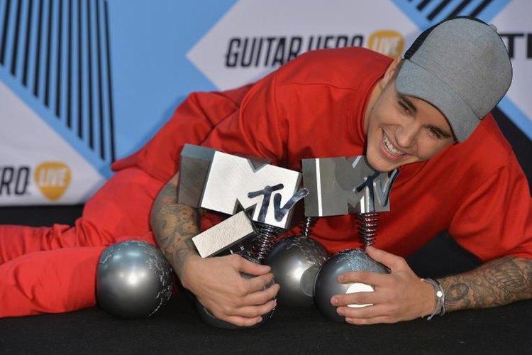 Confira a lista de vencedores do MTV EMA 2015