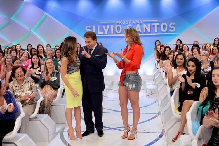 Silvio Santos ameaça tirar Lívia Andrade e Helen Ganzarolli do Jogo dos Pontinhos