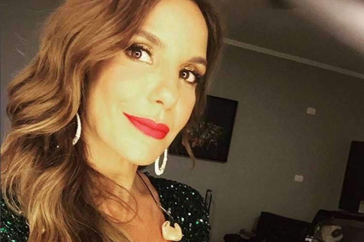 Ivete Sangalo faz show beneficente em Salvador