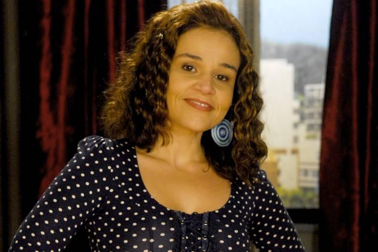 Cláudia Rodrigues sofre crise e é internada em São Paulo