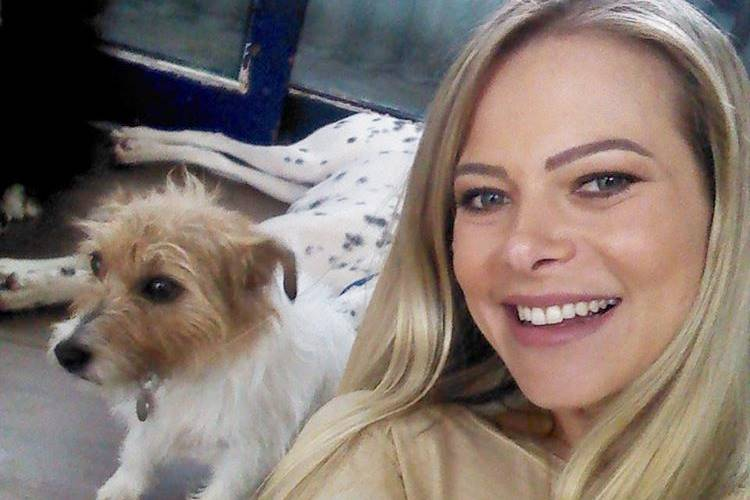 Rede TV! cancela programa de Jackeline Petkovic