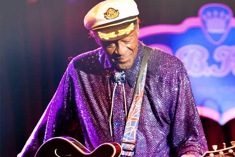 Músico Chuck Berry morre aos 90 anos