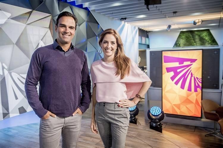 Fantástico - Tadeu Schmidt e Poliana Abritta (Globo/João Cotta)