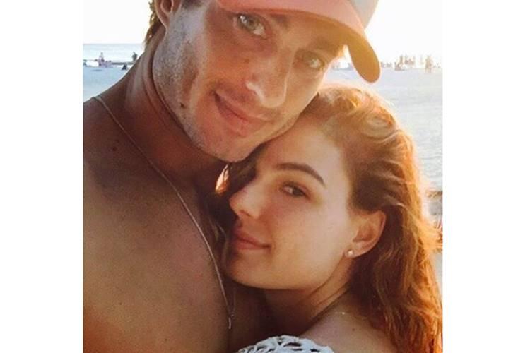 Isis Valverde com o namorado/Instagram