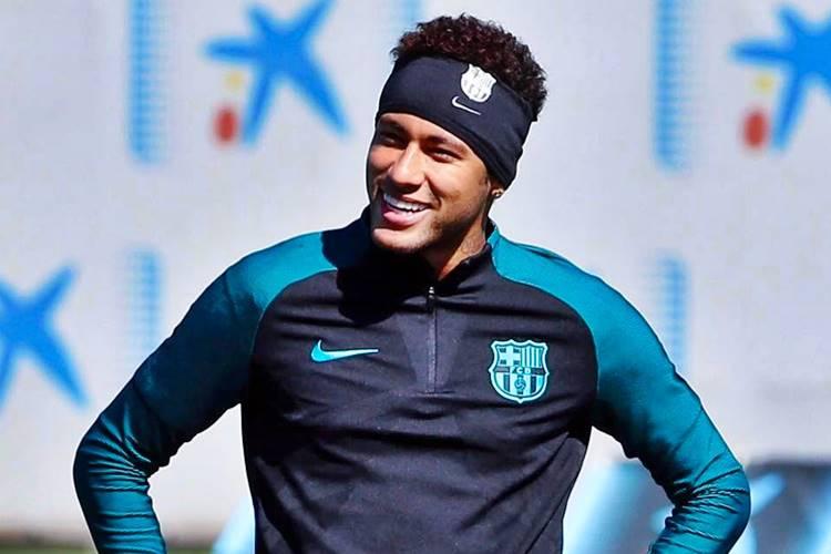 Chris Brown começa a seguir Bruna Marquezine no Instagram e Neymar manda recado para cantor – Veja!