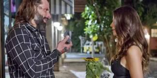 Sol Nascente - Ralf pede Milena em casamento (Reprodução/Ellen Soares/Gshow)