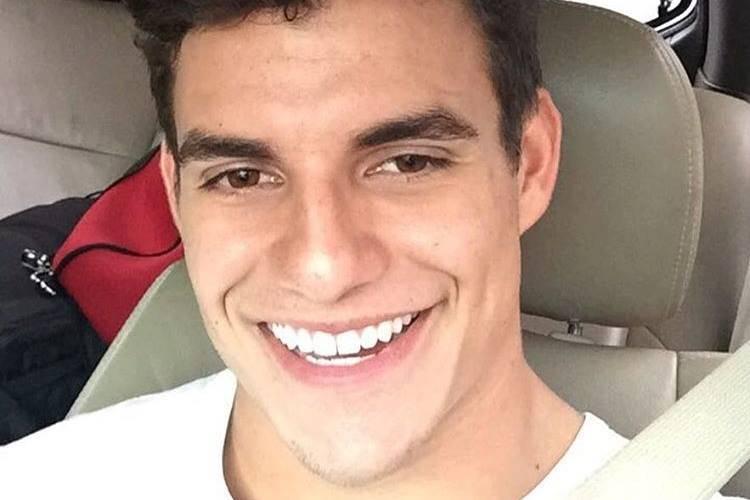 Ex-BBB Antônio nega beijo em morena e se declara para Alyson do 'Gran Hermano'