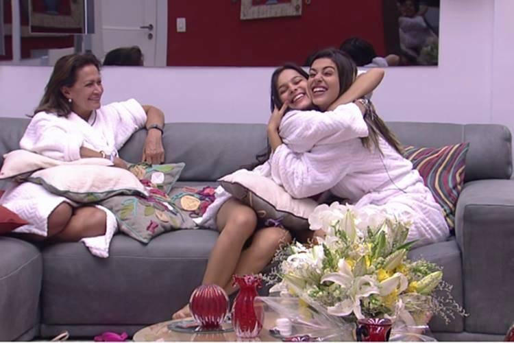 BBB17 - Ieda - Emilly e Vivian (Reprodução/TV Globo)