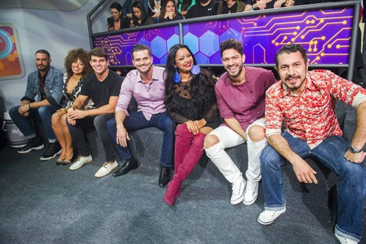Final BBB17 - Daniel, Gabriela Flor, Antônio, Marcos, Elis, Luiz Felipe, Rômulo (Globo/João Miguel Júnior)