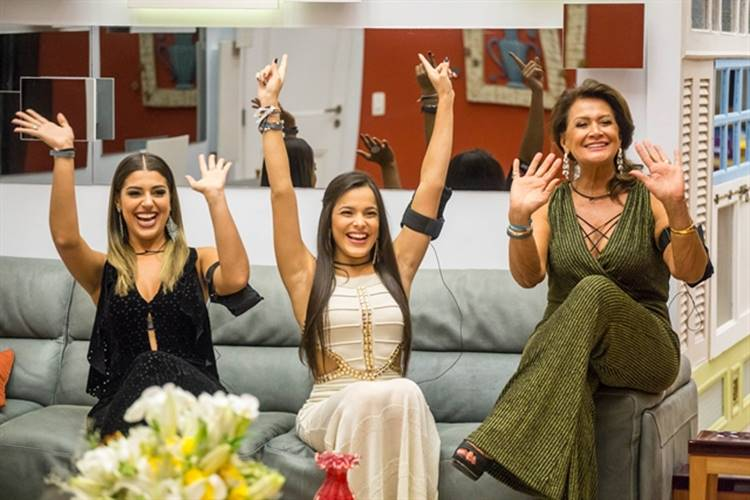Final BBB17 - Vivian - Emilly - Ieda (Globo/Paulo Belote)