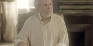 Novo Mundo - Wolfgang descobre passado de Diara (Reprodução/TV Globo)