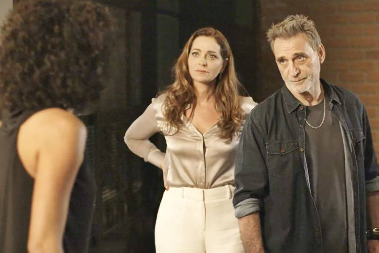 Rock Story - Nanda confessa que armou para separar Gordo e Eva (Reprodução/TV Globo)