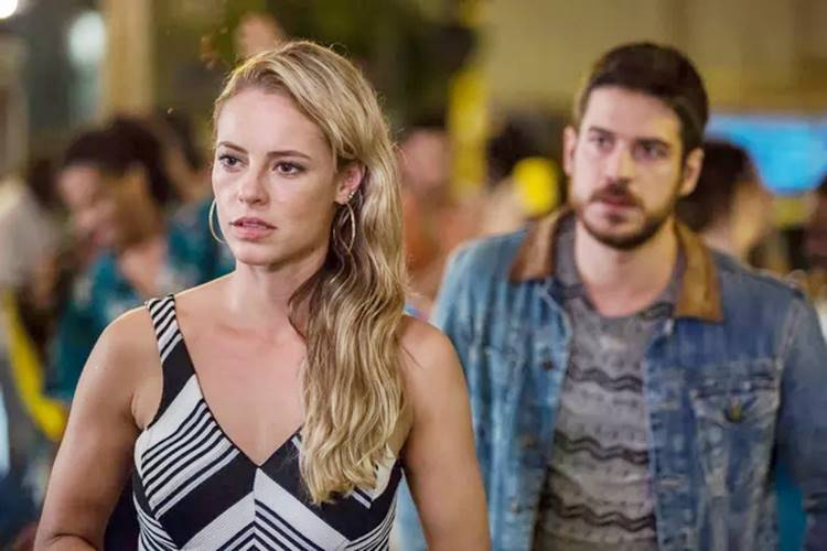 Ruy surpreende Dantas e conta que Cibele está grávida