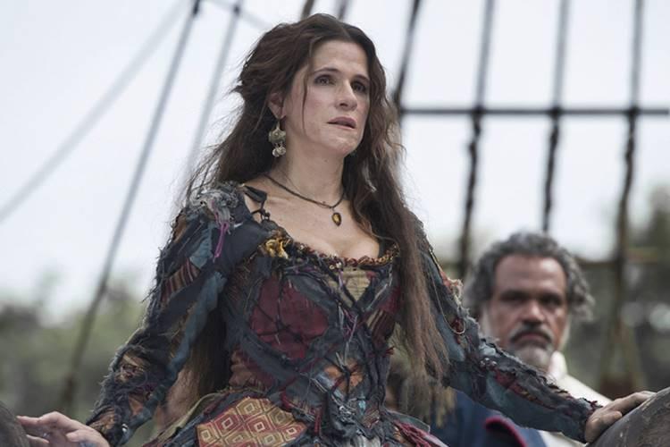 """Ingrid Guimarães fala sobre papel de vilã em """"Novo Mundo"""" e assédio do público"""