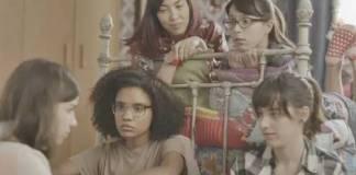Malhação - Keyla conversa com as amigas (Reprodução/TV Globo)