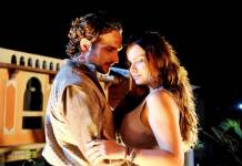 O Rico e Lazaro - Zac pede Joana em casamento (Munir Chatack/ Record TV)