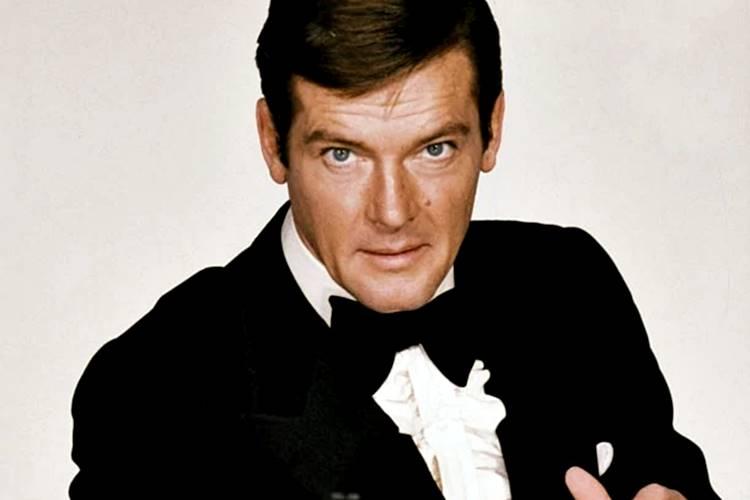 Morre Roger Moore, ator de 007, aos 89 anos