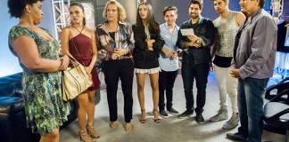Rock Story - Néia descobre que Almir tem outra mulher (Globo/João Miguel Júnior)