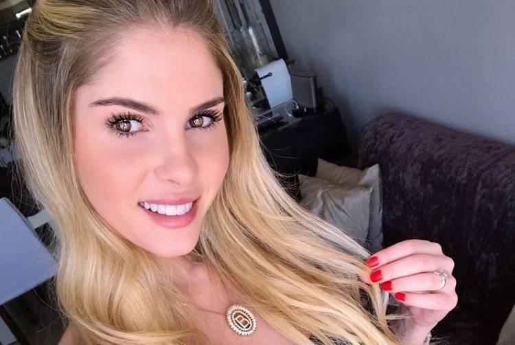 Bárbara Evans planeja casamento com deputado milionário, diz jornal