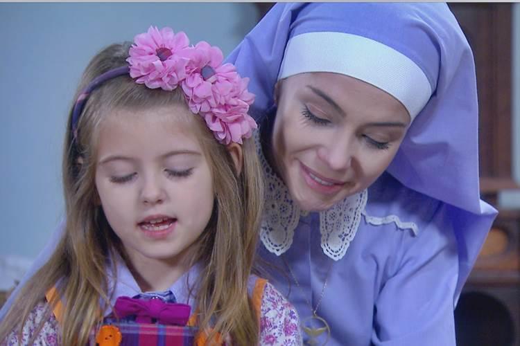 Carinha de Anjo: Cecília abandona vida religiosa e internato