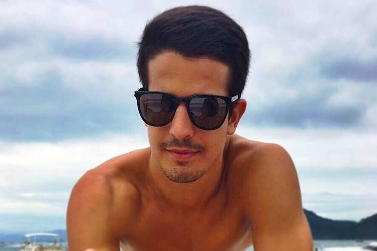 Enzo Celulari assume namoro e se declara: