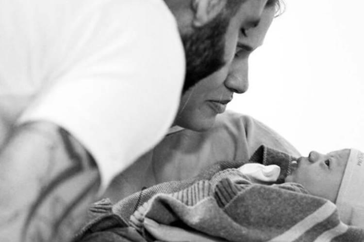 Nasce Gabriel, filho de Gusttavo Lima e Andressa Suita; veja primeira foto
