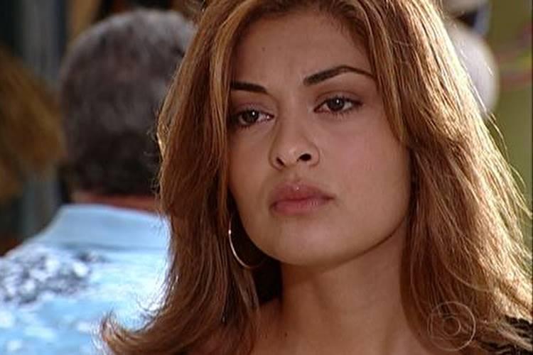 Karla (Reprodução/TV Globo)