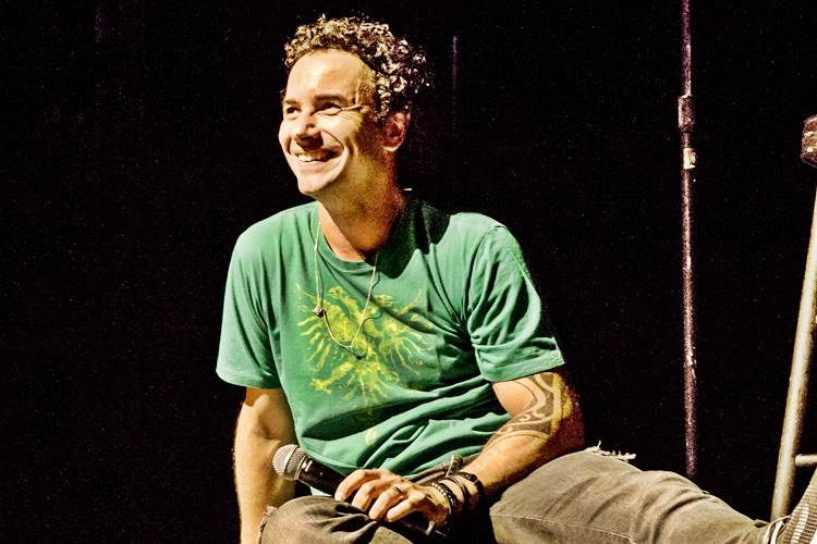 Marco Luque (Leonardo Vicario e Thiago Costa)