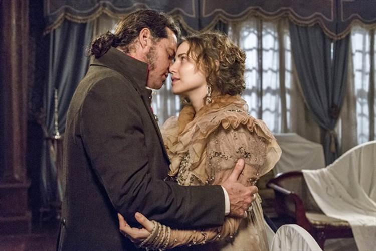 Anna conta a Joaquim que Vitória é sua filha
