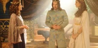 O Rico e Lázaro - Yasha diz para Neusta que não se casará com Joaquim (Munir Chatack/RecordTV)