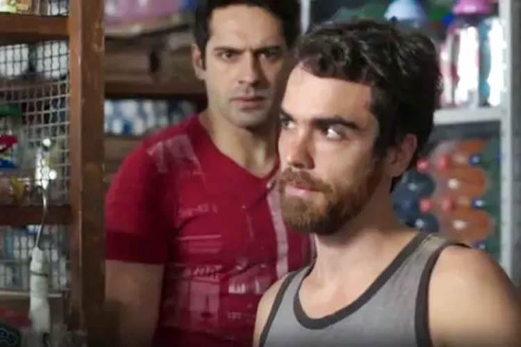 Pega Pega - Agnaldo escuta papo de Wanderley (Reprodução/TV Globo)