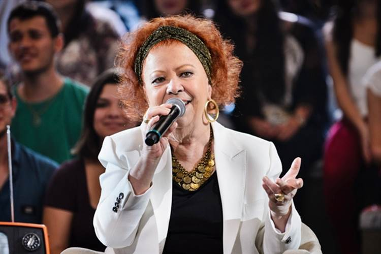 Beth Carvalho (Globo/Ramón Vasconcelos)