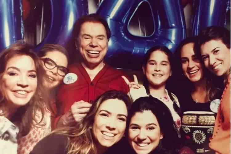 Paizão, Silvio Santos aparece rodeado das filhas em data comemorativa
